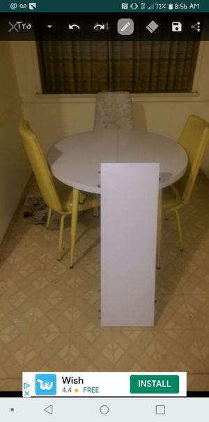 Vintage White and yellow kitchen table with leaf for Sale in Los Angeles, CA