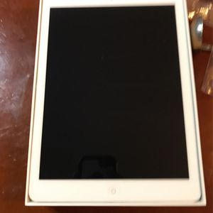 Ipad Air 1st Gen With Protective Case for Sale in Lockport, IL