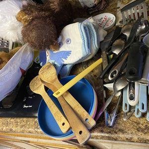 Utensils, Tuperwear, And Stuffed Animals for Sale in Rialto, CA
