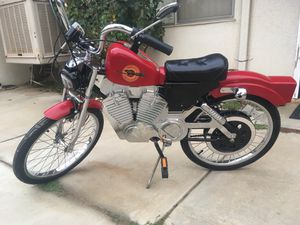 Harley bike with real motor sounds for Sale in Beaumont, CA