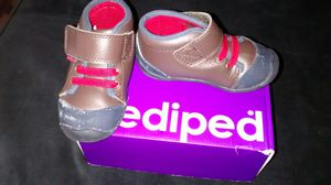 Grip n Go Jay Brown pediped shoes for Sale in Washington, DC