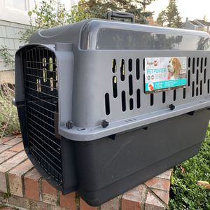 Crate For Dogs Up To 25lbs for Sale in Bellevue, WA