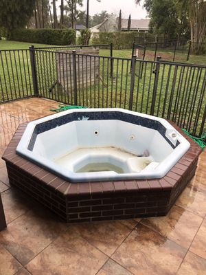 Hot Tub for Sale in West Palm Beach, FL