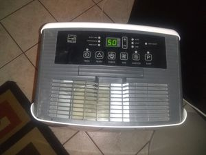 Nice used dehumidifier. Excellent condition. for Sale in Houston, TX