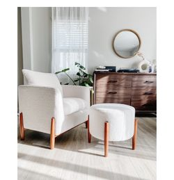 Elroy Sherpa Accent Chair And Ottoman for Sale in Cerritos,  CA