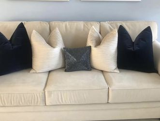 Comfy Sleeper Sofa/ Sofa Bed - Excellent Condition for Sale in Washington,  DC
