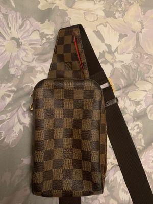 Authentic Louis Vuitton geronimos Damier waiste Bum Bag for Sale in Burbank, CA