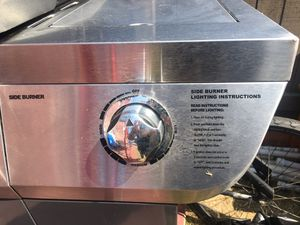 Gas BBQ Grill with Gas Tank for Sale in Anaheim, CA