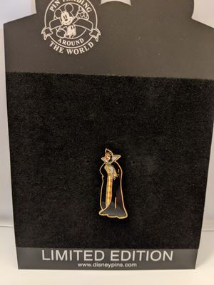 Disney pin limited edition 1000 evil queen space-age series pin for Sale in Glendale, AZ