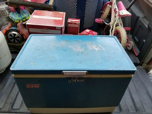 Coleman ice chest for Sale in Goodyear, AZ