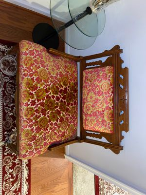 Beautiful Antique Chair for Sale in Clarksburg, MD