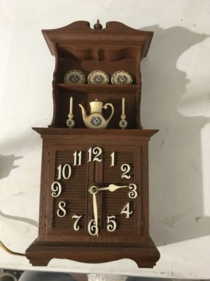 Small antique kitchen clock for Sale in Anaheim, CA