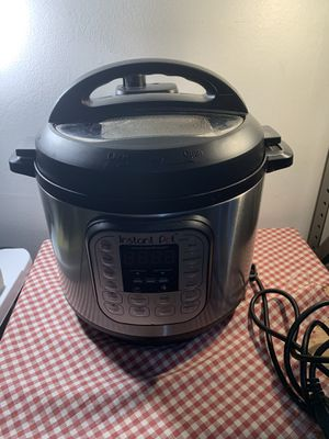 Instant Pot Duo Series 6 Quart Electric Pressure Cooker IP-DUO60 V3 for Sale in Conshohocken, PA