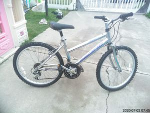 """24"""" mountain bike 100$ for Sale in Midway City, CA"""
