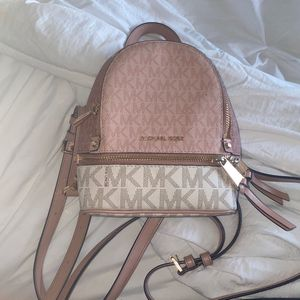 Michael Kors Backpack , Baby pink Last Season . Bought For 423$ for Sale in Cypress, TX