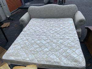 Pull out couch and loveseat! for Sale in Lake Worth, FL