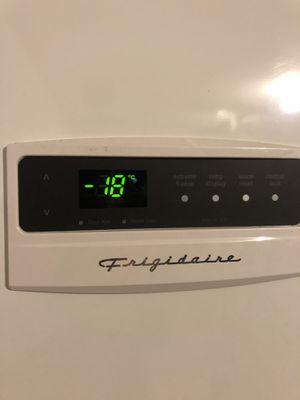 Frigidaire Upright Freezer for Sale in Dallas, TX