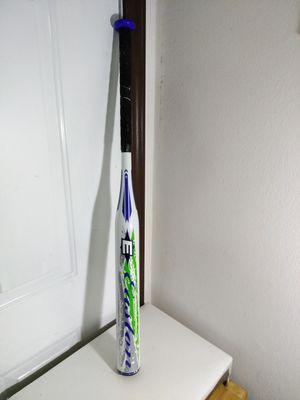 Easton typhoon fastpitch softball bat SK61B 32/22 for Sale in San Antonio, TX