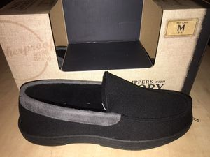 Men's Slippers with memory foam for Sale in Adelphi, MD