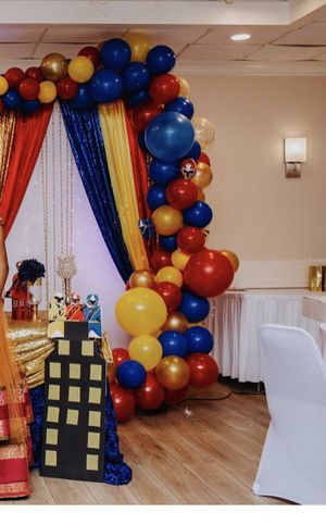 12ft Balloon garland 70$ for Sale in Tampa, FL