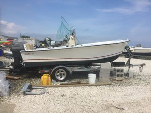 Proline boat 17 ft center console fishing boat sale or trade for Ford Escape or Jeep Liberty for Sale in Philadelphia, PA