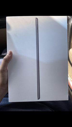 iPad 7 gen WiFi+cell (unlocked) for Sale in Portland, OR