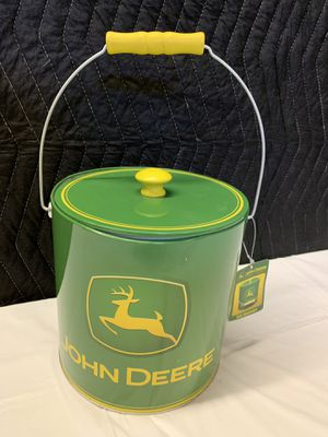 John Deere Ice Bucket Tin Can With Handle - With Tags for Sale in Tamarac, FL