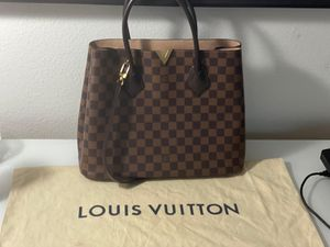 Louis Vuitton Special Edition Kensington Bag for Sale in Orlando, FL