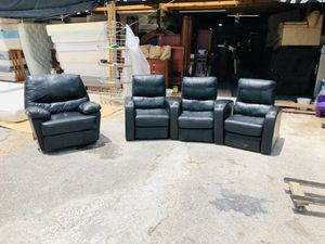 Sala con reclinables for Sale in Houston, TX