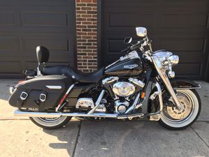 Harley Davidson Roadking Classic for Sale in Chicago, IL
