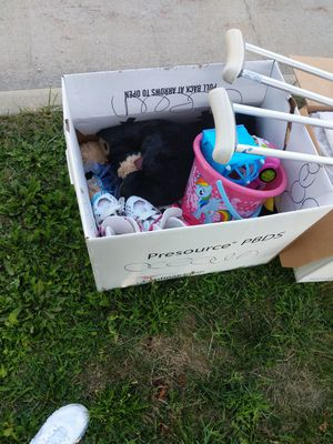 FREE! Curb pick up! for Sale in Grafton, OH