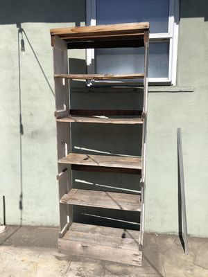 Rustic Outdoor shelf free for Sale in San Diego, CA