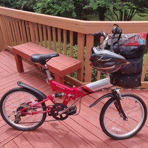 Kent stow-a-way aluminum bicycle with helmet and razor pad set for Sale in Stafford, VA