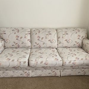 Couch Needs To Go Today for Sale in Vancouver, WA