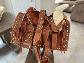 "13"" NEW HORSE SADDLE for Sale in Hesperia,  CA"
