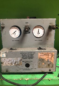 Air-conditioning Freon evacuation pump for Sale in Miami,  FL