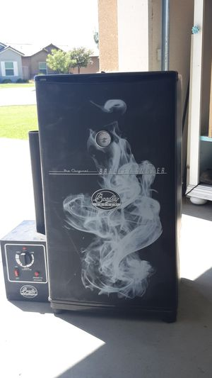 Electic Smoker for Sale in Tulare, CA