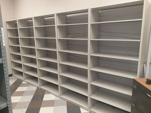 "7ft 4"" Teardrop metal shelving for Sale in Columbus, OH"