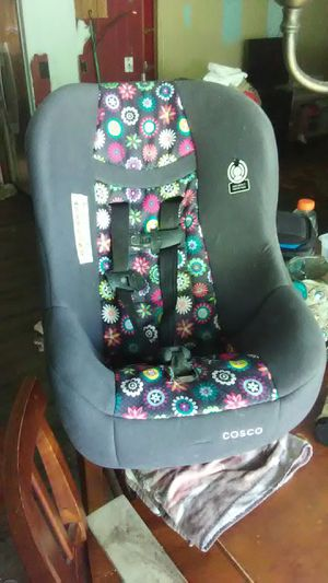 Costco baby car seat for Sale in Long Beach, MS