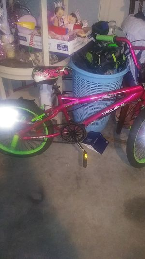 Girl bike for Sale in Kissimmee, FL