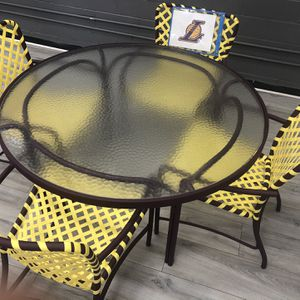 Lakers Patio Set for Sale in Los Angeles, CA