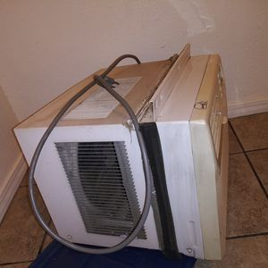 Lg Ac Unit With Remote for Sale in Fresno, CA