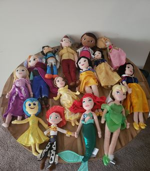 Disney Plush Ariel, Elsa More Dolls Bundle for Sale in Greater Landover, MD