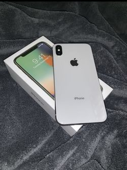 iPhone X 64GB iCloud unlocked carrier unlocked for Sale in Bend,  OR