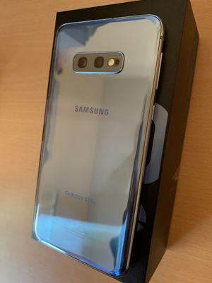 Samsung Galaxy S10E Unlocked 128gb Blue for Sale in Denton, TX