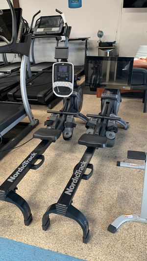 New interactive rowing machine! (Folds up) 3 yr warranty for Sale in Culver City, CA