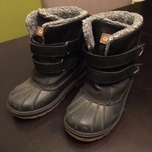 Kids Snow Boots Size 11c for Sale in Long Beach, CA