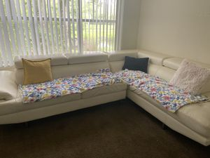 White Leather Couches for Sale in Alafaya, FL