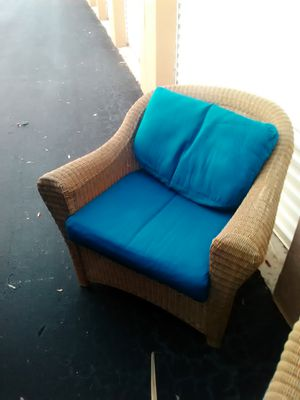 Whicker Patio Chair with cushion for Sale in West Palm Beach, FL