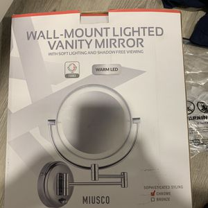 mirror on the wall, with light for Sale in Pasadena, CA